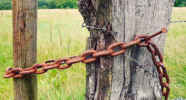 una catena colpita dalla corrosione